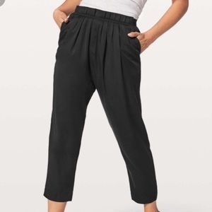 Lululemon Can You Feel the Pleat Pant size 2